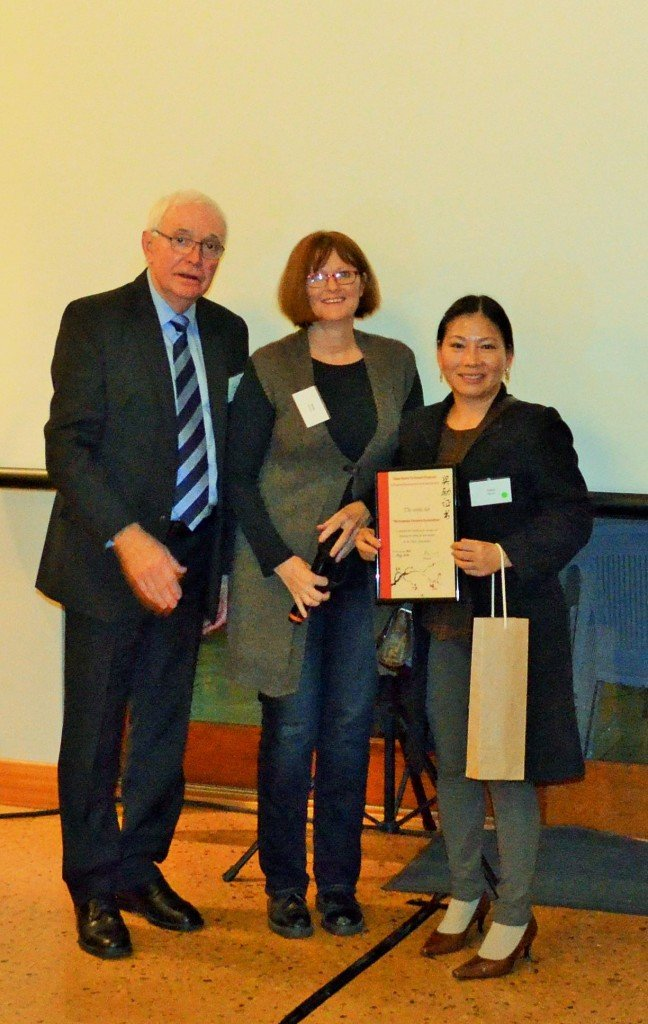 Felicia of Vietnamese Farmers Association with the Mayors